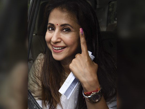 Bollywood Celebrity Caste Vote Polling Booth See Pics