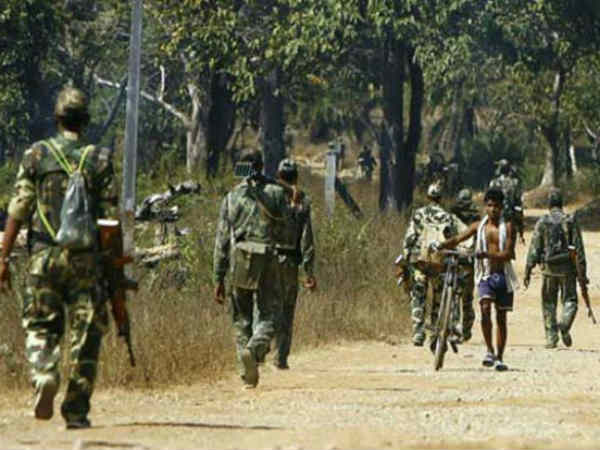 Chhattisgarh One Bsf Jawan Lost Life Two Injured In Encounter