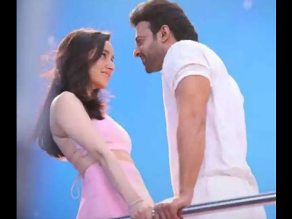Saaho Prabhas And Shraddha Kapoor S Romantic Picture Leak