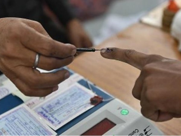 Polls Held At 95 Seat On Second Phase Of Lok Sabha Elections