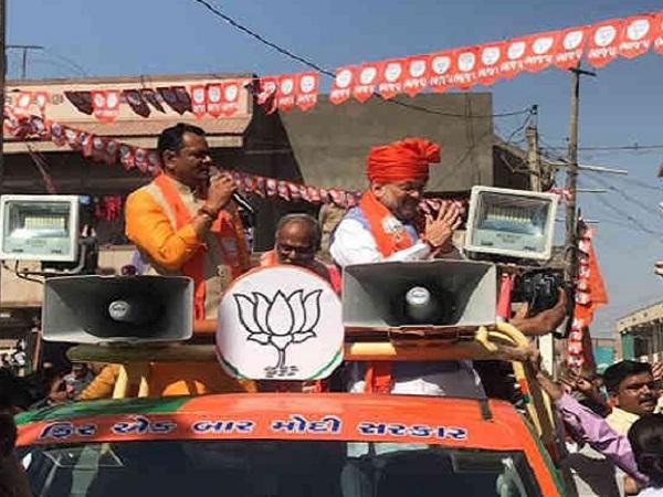 Phir Ek Baar Modi Sarkar Slogans In Amit Shah Roadshow Ahmedabad
