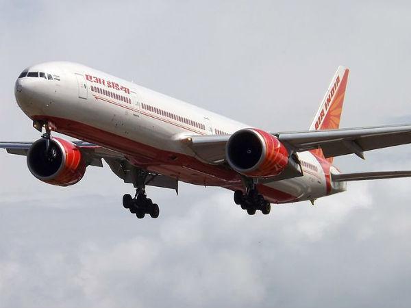 વિમાન મુસાફરી મોંઘી, 37000 રૂપિયાની ટિકિટ 2 લાખમાં વેચી રહ્યા છે