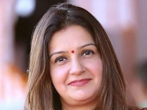 Congress Issues First Response On Priyanka Chaturvedi S Stunning Resignation Party Posts