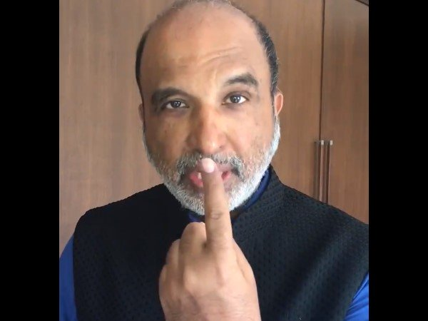 Sanjay Jha Claims Indelible Ink On My Finger Vanished After Applying Nail Polish Remover