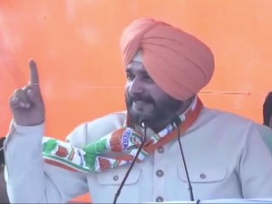 Lok Sabha Elections 2019 Navjot Singh Sidhu Stirs Row With Vote Appeal To Muslims In Katihar Bihar