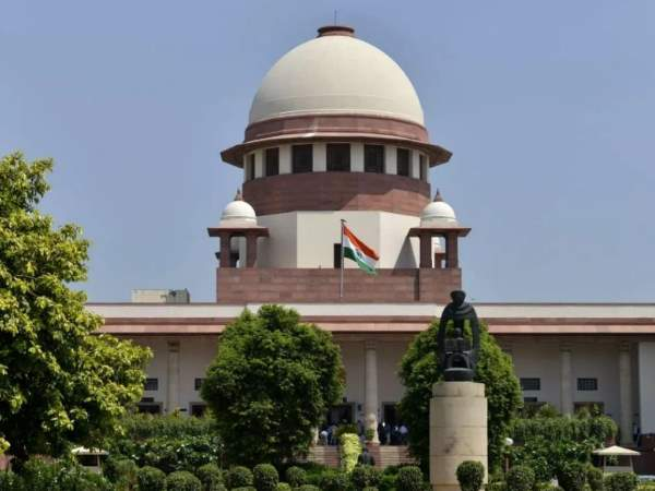 Supreme Court Issues Notice To Centre On Plea Seeking Muslim Women Namaz In Mosques