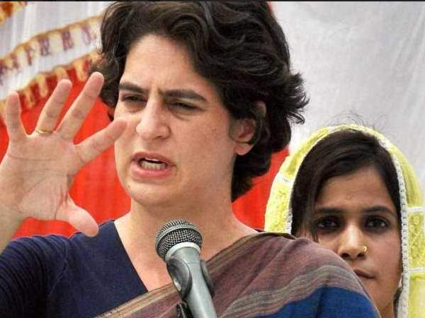 Priyanka Gandhi Takes On Pm Narendra Modi Asks Is He Chowkidar Or Shehenshah