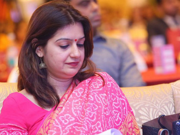 Priyanka Chaturvedi Quits Congress Day After Caustic Tweet Read Profile