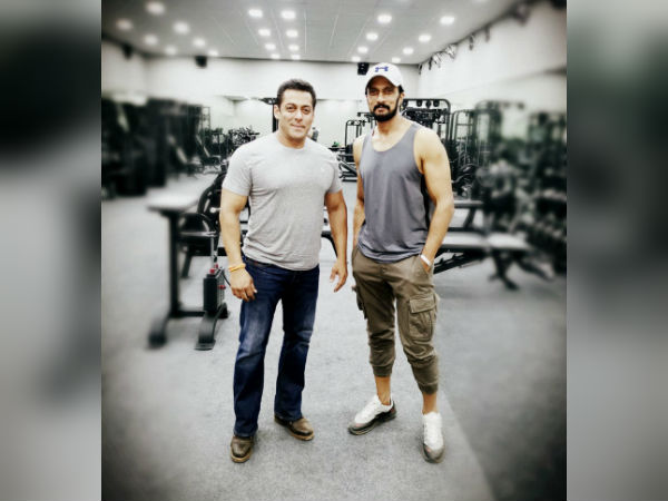 Superstar Salman Khan Workout With Sudeep And Here Is The Photo Gone Viral