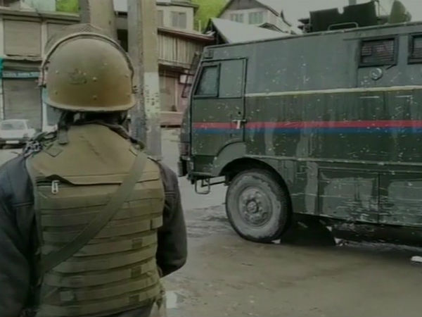 Jammu Kashmir Kulgam Tazipora Encounter Between Terrorist And Security Forces