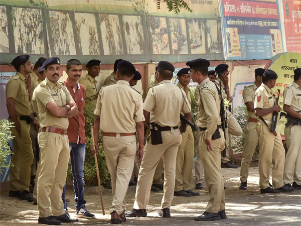 Police Man Suspended For Lathi Charge On Journalist