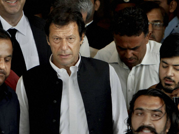 Imran Khan Appoints Imf Official For New Central Bank Governor To Save Pakistans Broken Economy