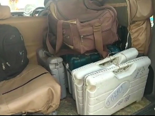 Evm And Vvpat Machines Found In Hotel Room In Bihar Muzaffarpur