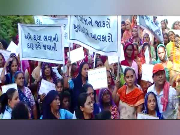 Women S Movement Against Alcohol In Ahmedabad Gujarat