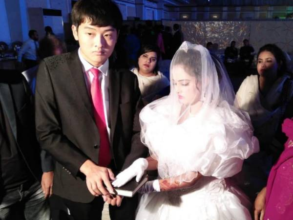 Why Chinese Boys Getting Married With Pakistani Girls