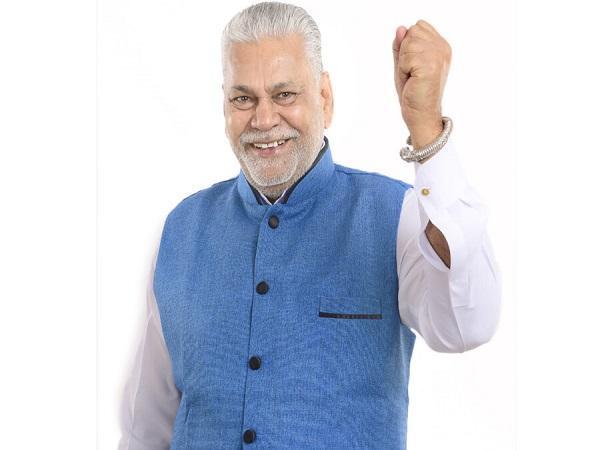 Purusottam Rupala Sworn As Minister In Modi Cabinet
