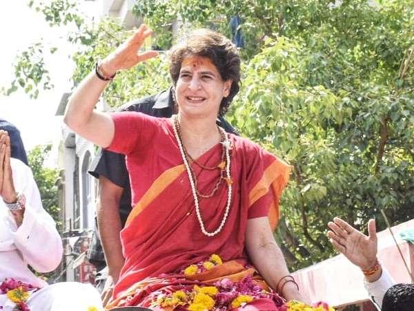 Lok Sabha Elections 2019 Priyanka Gandhi In Madhya Pradesh Met People