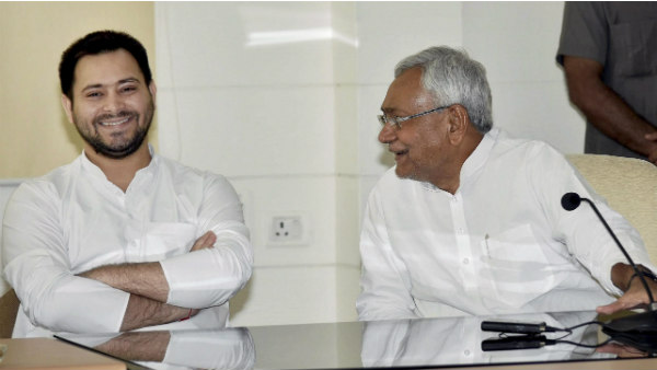 Rjd Leader Tejashwi Yadav Put 44 Acs In Bungalow Druing His Depty Cm Charge