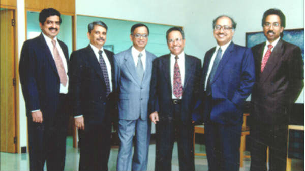 Know About Success Story Of Infosys