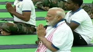 Pm Modi Performs Yoga At Prabhat Tara Ground In Ranchi With 35000 People