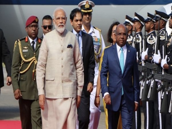 Pm Modi On His First Foreign Visit After A Sworne Oath Modi Arrived Maldiv