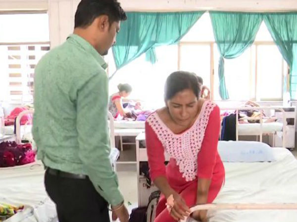 Ahmedabad Naroda Bjp Mla Balram Thawanis Beat Women In Public