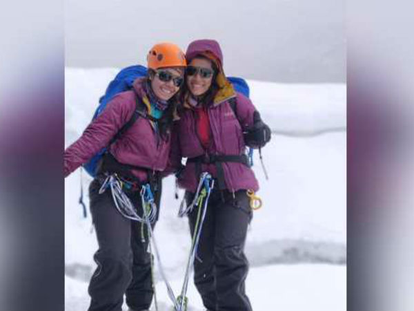 Photos For The First Time Two Sisters Of Gujarat Climb Mount Everest