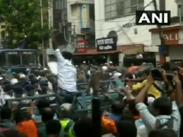 Bjp Protests In Kolkata After Bjp Worker Anil Singh Body Found In Malda