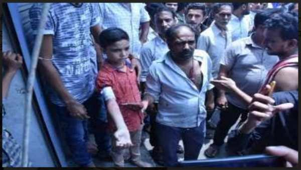 In Gujarat One More Lady Don Found In Surat Attack On Father And Son With Knife