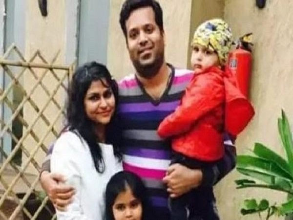 Patna Businessman Attempted Suicide After Killing His Wife And Daughter