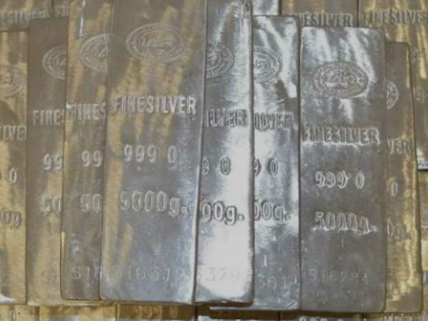 Omg Hyderabad Police Seize 10 Ton Silver Worth 40 Crore