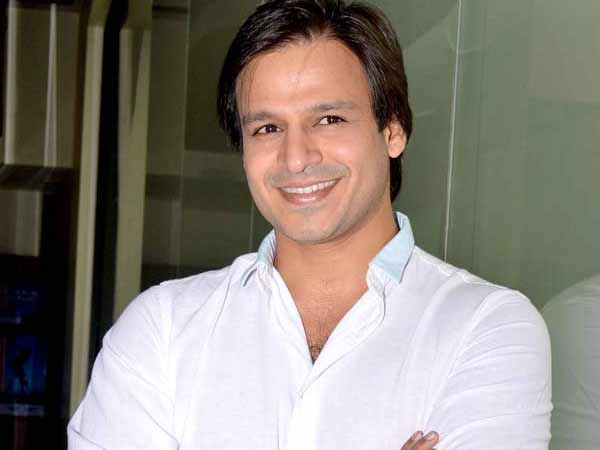 Actor Vivek Oberoi Promotes Salman Khan S Film Bharat On Twitter Deletes Hastag Latter