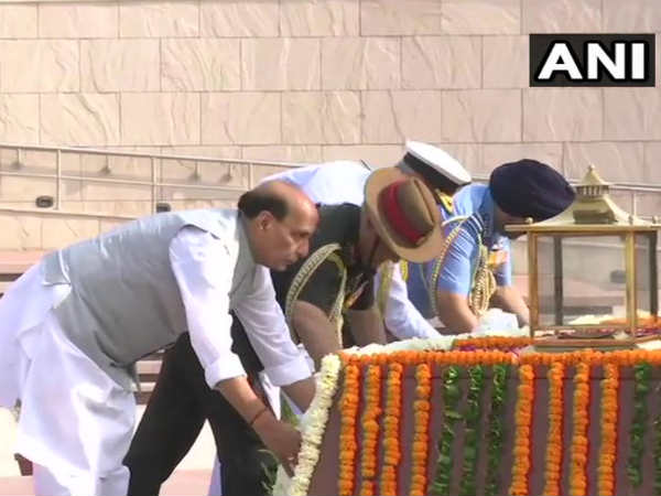 Rajnath Singh Pays Tribute To Martyrs At National War Memorial