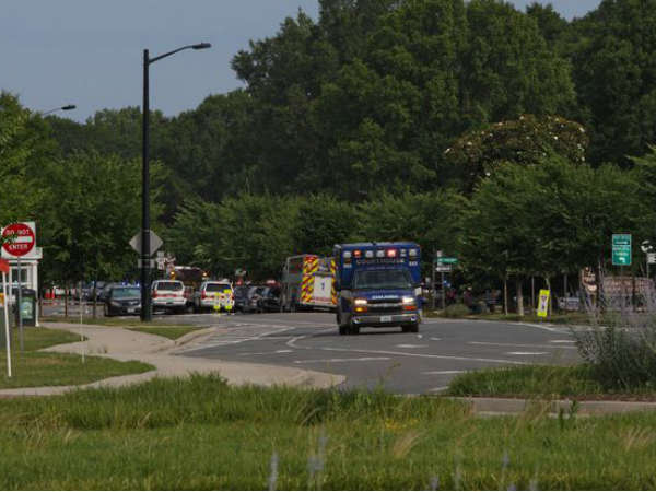 America 11 Killed 6 Injured In Virginia Beach Shooting Suspect Gundowned