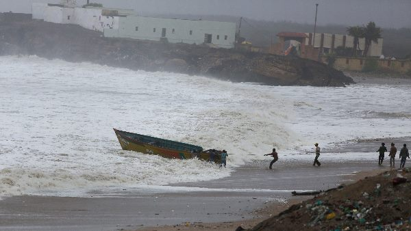 Cyclone Vayu Could Recurve In Gujarat May Hit Gujarat S Kutchh On June 17 18