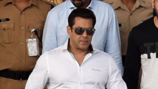 Salman Khan Acquits By Jodhpur Court In Submitting Fake Affidavit In Black Buck Poaching Case