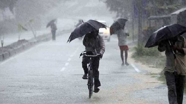 Weather Alert Parts Of Delhi Receive Light Rain Today Monsoon To Arrive In Next 24 Hours