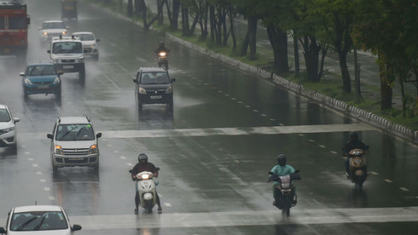 Red Alert In Dehradun And Uttar Kashi Very Heavy Rain Warning In Uttarakhand