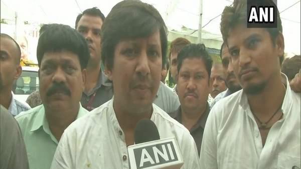 Bjp Sent Show Cause Notice To Akash Vijayvargiya