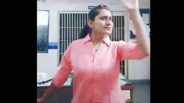 Lady Constable Created Tik Tok Video On Duty Got Suspended
