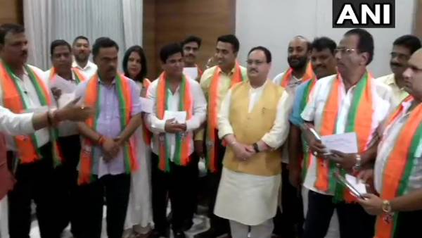 Delhi 10 Congress Mlas From Goa Join Bjp Presence Of Jp Nadda