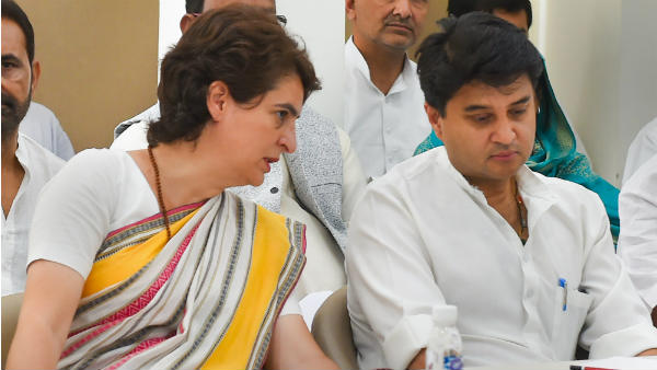 Pressure Increased On Priyanka Gandhi After Jyotiraditya Scindia Resignation