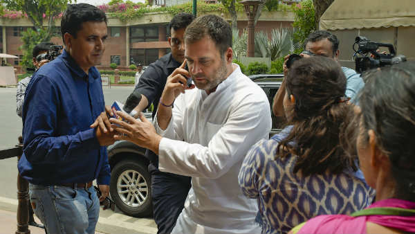 Why Congress Is Not Able To Find Rahul Gandhi S Alternative Inside Story