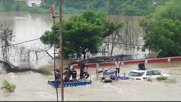 Heavy Rain In Gujarat Olpad Receives 12 Inches Of Rain In 6 Hours