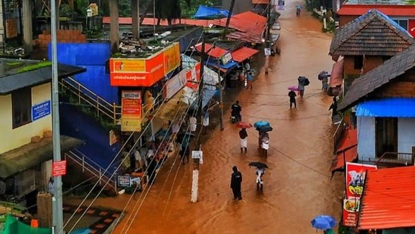 Kerala Flood Red Alert In Three Districts Cochin Airport Closed