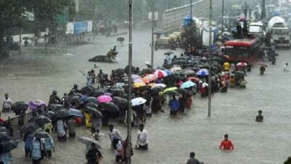 Heavy Rain In Mayanagari Mumbai Lifestyle Affected