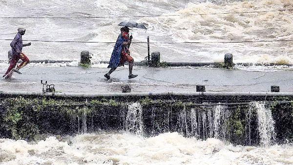 Imd Alert For Heavy Rain In Maharashtra And Uttarakhand