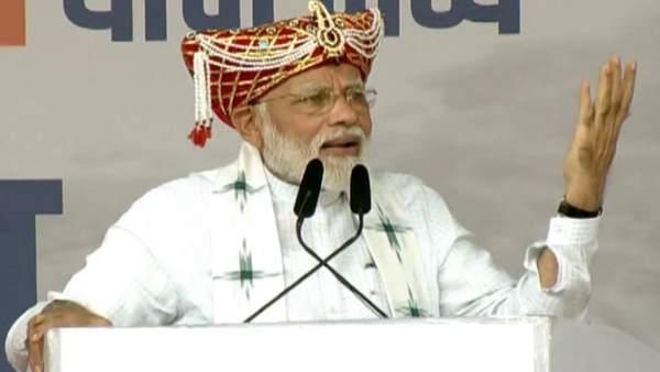 મહારાષ્ટ્રમાં પીએમ મોદી બોલ્યા, 'કાશ્મીર અમારુ છે, હવે દરેક હિંદુસ્તાની કહેશે'
