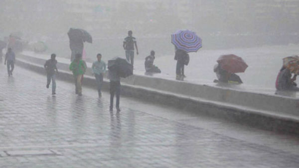 આ પણ વાંચોઃ ગુજરાત સહિત દેશના આ 13 રાજ્યોમાં આંધી-વરસાદની સંભાવના, MPમાં રેડ એલર્ટ