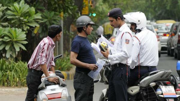 આ પણ વાંચોઃ Motor Vehicle Act: ગુજરાત બાદ અન્ય રાજ્યોમાં પણ દંડ ઘટી શકે